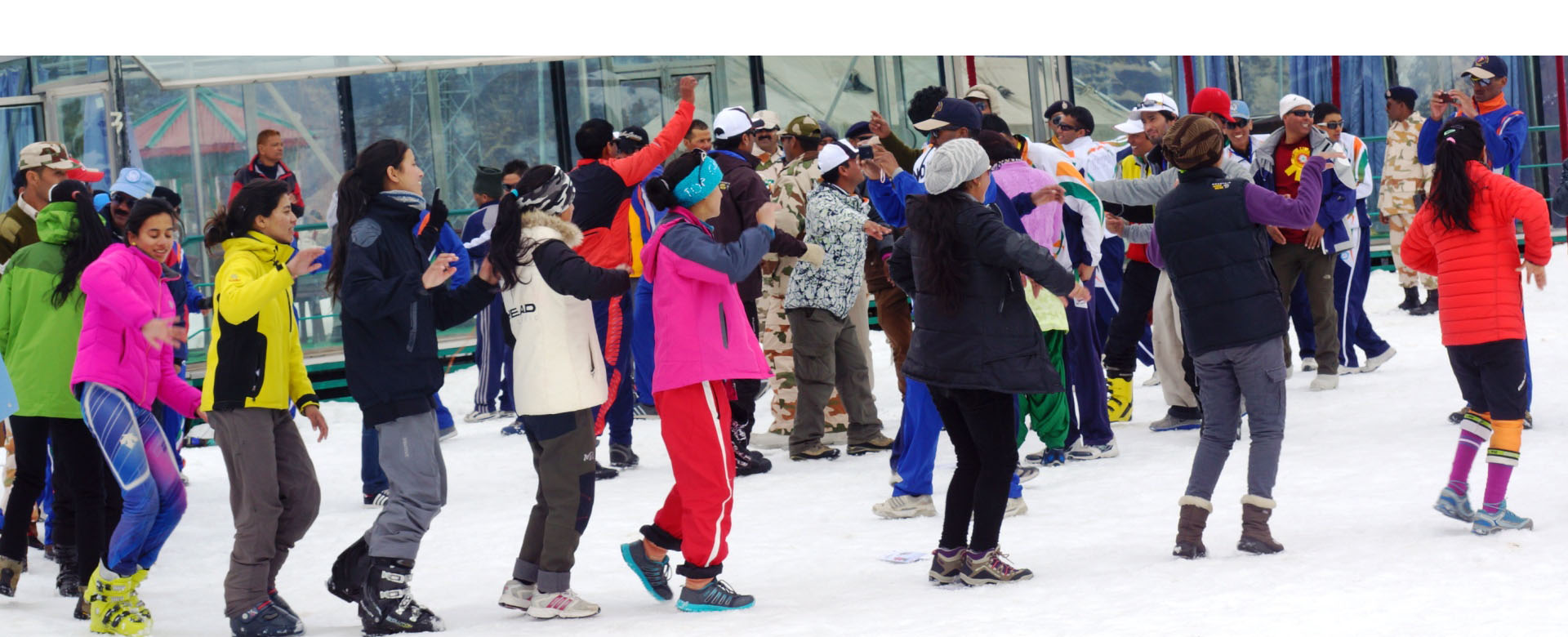 auli-skiing-tour-package